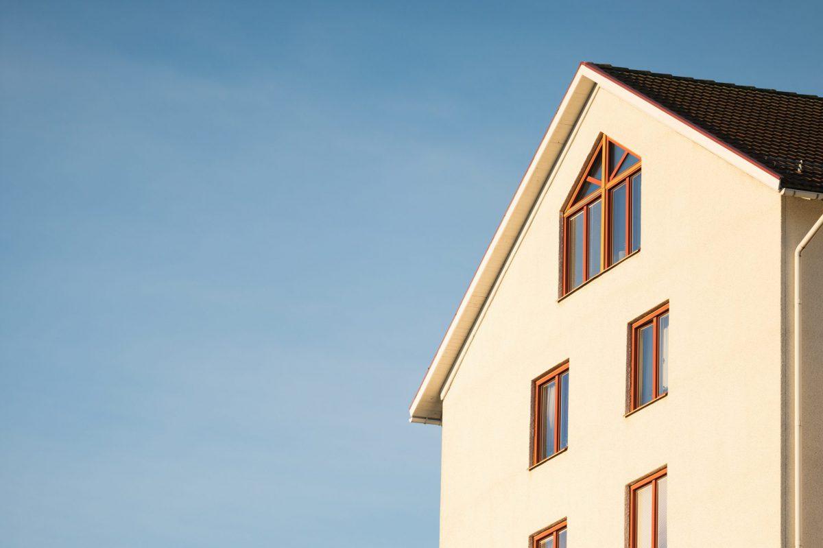 apartment-architecture-blue-sky-building-358636